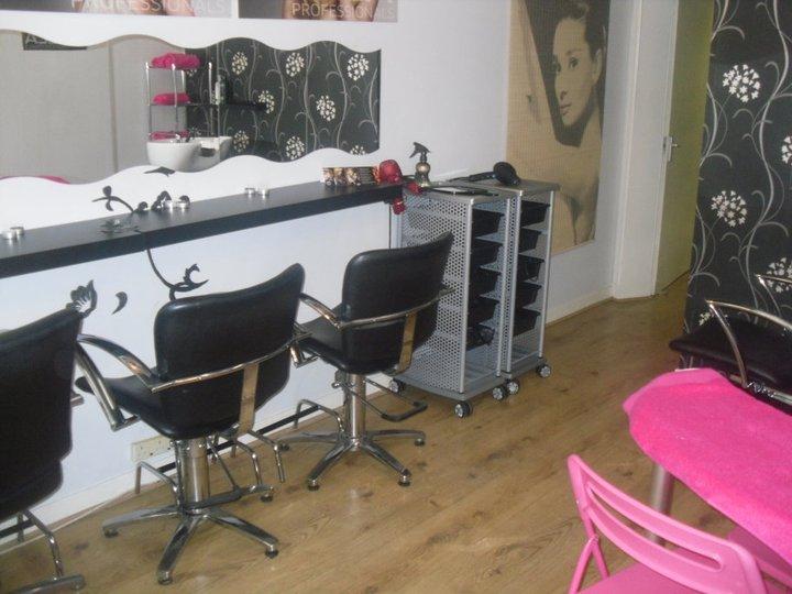 Gallery diva hair and beauty salon for Adiva beauty salon